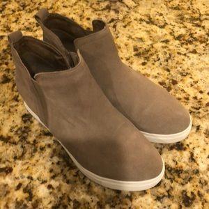 Blondo waterproof sneaker boot